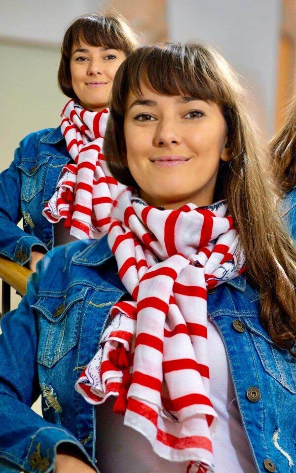Šatka Kormorán, biela s červenými prúžkami a kormoránom | Apropoyou.sk