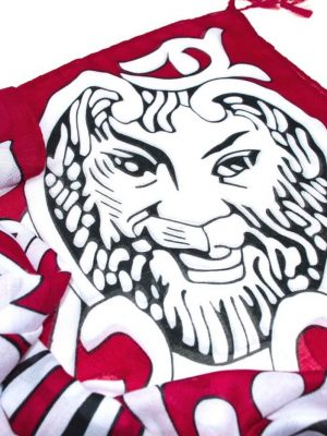 Šatka červená s motívom bieleho leva, Lev salónov | Apropoyou.sk